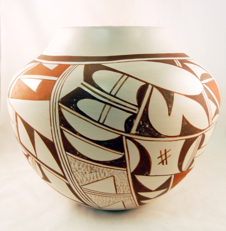 "Hopi Collectible Jar by ""Frog Woman"" Joy Navasie"