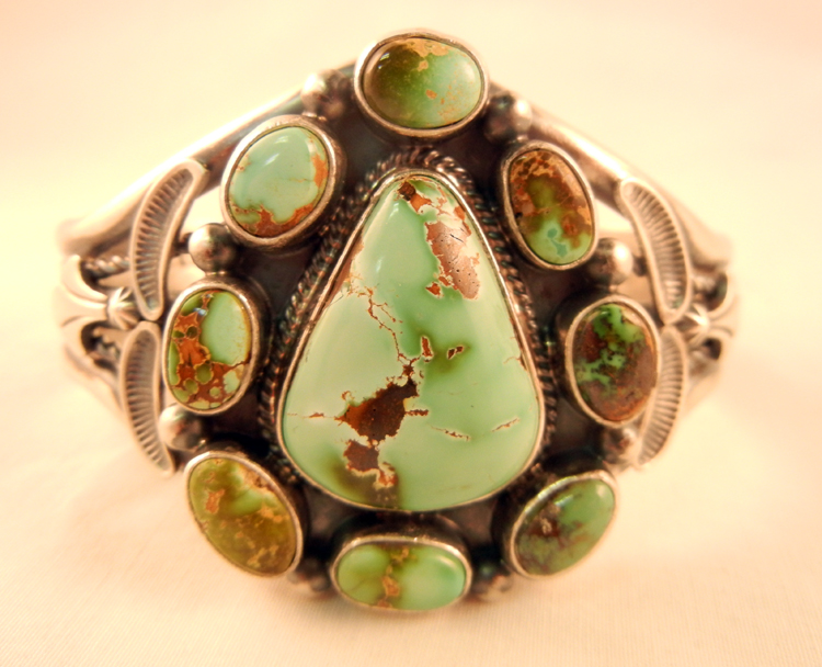 native-american-indian-jewelry-navajo-bracelet-thomas-francisco-turquoise (1)