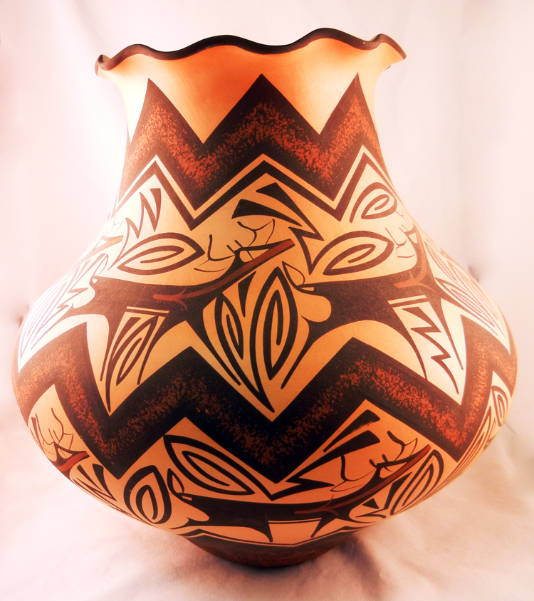native-american-pottery-zuni-anderson-peynetsa-large (1)