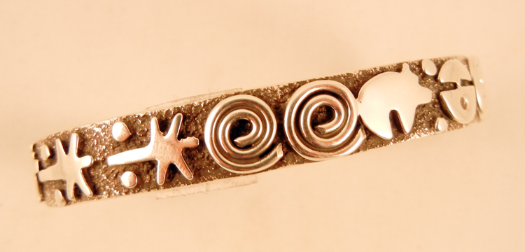 native-american-indian-jewelry-navajo-bracelet-cuff-sterling-silver-alex-sanchez-petroglyph-style (1)