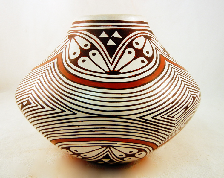 Hopi Feather Woman (Helen Naha) Polished and Painted Bowl
