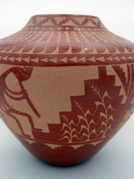 Jemez Alvina Yepa Etched and Polished Kokopelli and Corn Jar
