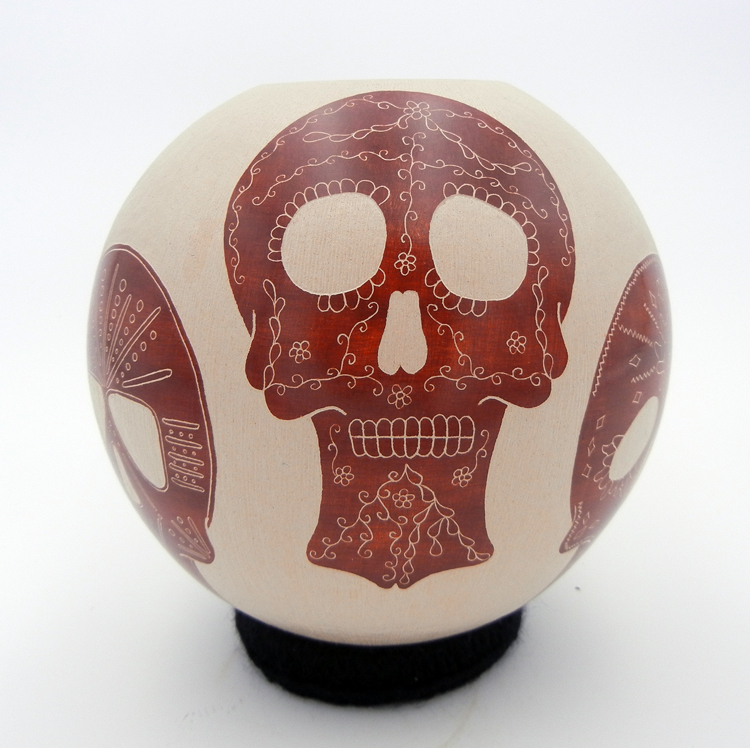 mata-ortiz-pottery-red-buff-skulls (1)