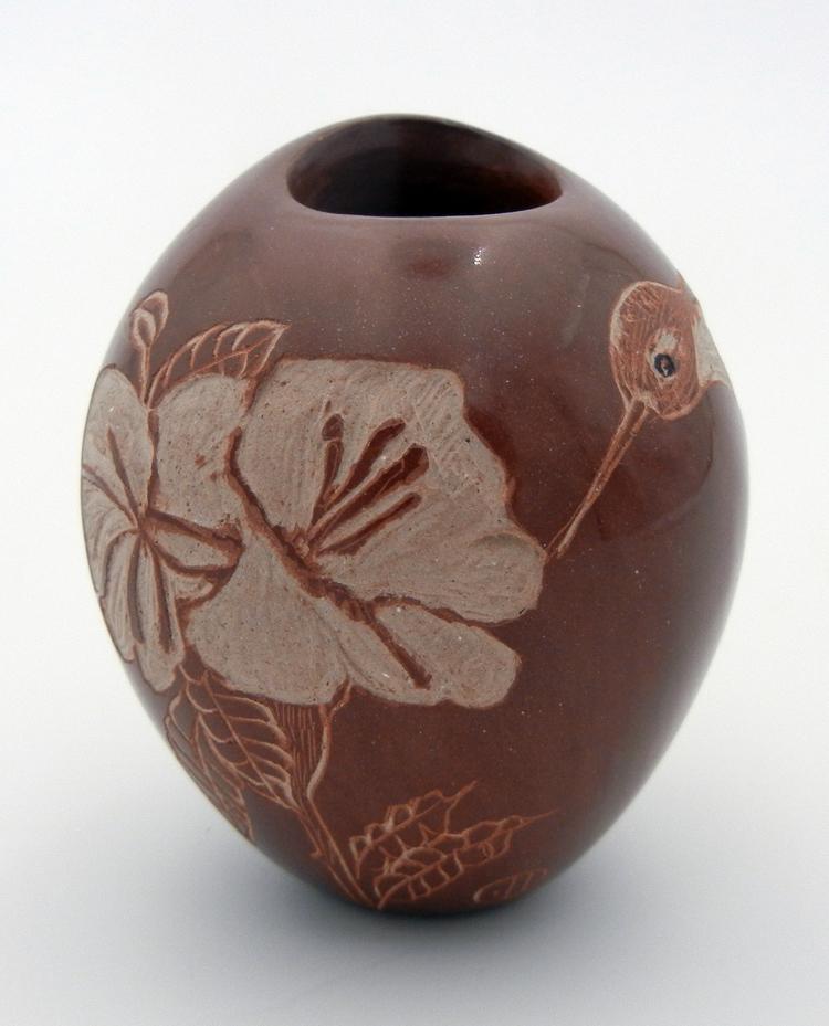 Santa Clara Bernice Naranjo Small Brown Etched and Polished Hummingbird Pot