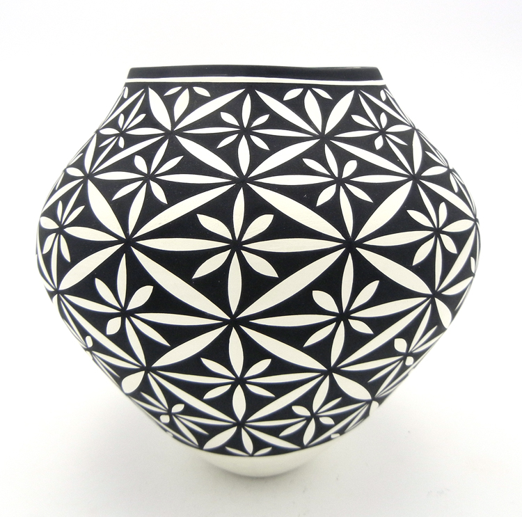 Black and white floral design jar by Acoma potter Kathy Victorino