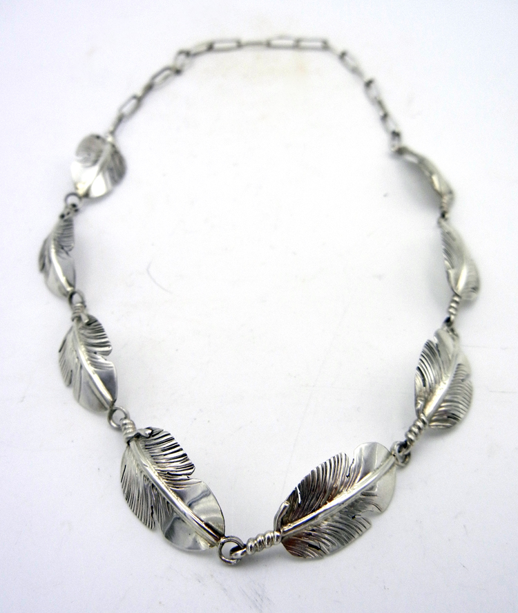 native-american-indian-jewelry-navajo-necklace-ben-begay-sterling-silver-feather-choker (2)