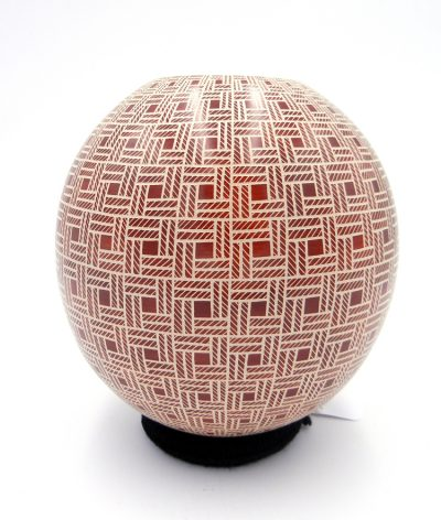 Mata Ortiz red and white etched checkerboard jar by Leonello Pezsaezn