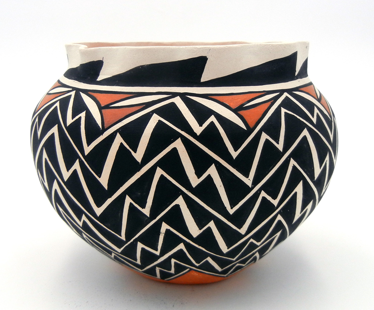 Acoma Tina Garcia Polychrome Lightning Pattern Bowl with Scalloped Rim