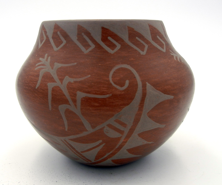 Jemez small handmade and hand painted brown bowl by Juanita Fragua