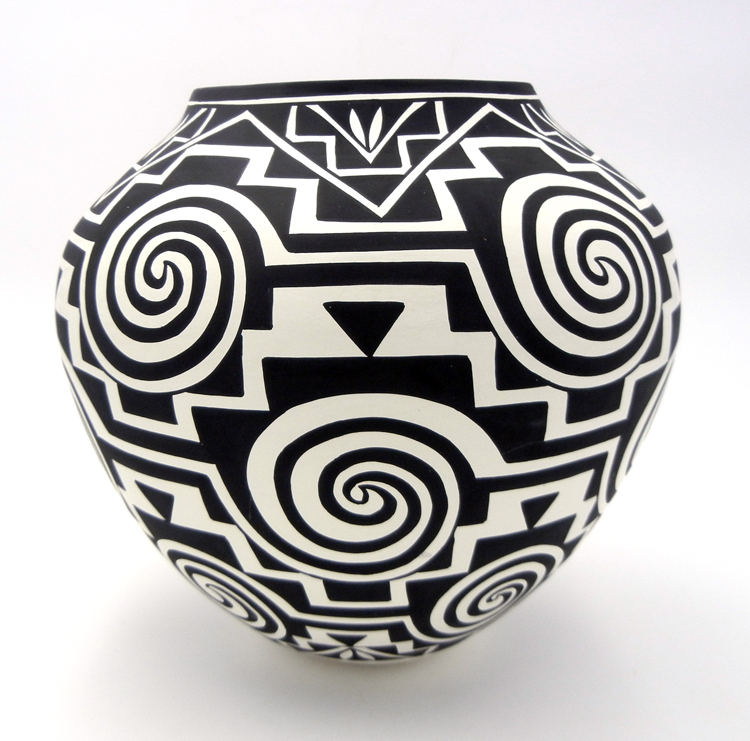 Acoma Kathy Victorino Large Handmade Black and White Whirlwind and Step Pattern Jar
