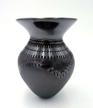 Mata Ortiz black on black contemporary vase by Suzy Martinez