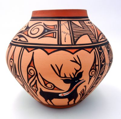Zuni traditional jar featuring deer with heartline by Tonia Fontenelle