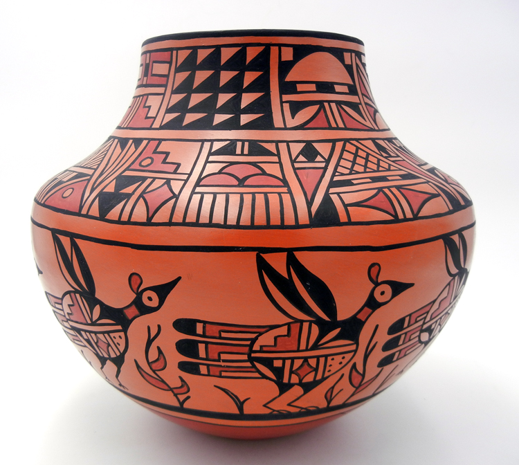 San Felipe/Zuni Large Traditional Bird Jar by Joseph and Nona Latoma