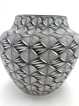 Acoma Sharon Stevens Handmade and Hand Painted Black and White Fine Line Design Jar