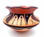 Hopi hanmade and hand painted scalloped rim jar by Stetson Setalla