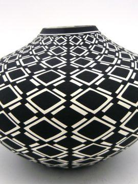 Acoma Paula Estevan Black and White Handmade Eyedazzler Design Seed Pot