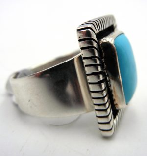 Navajo Kingman Turquoise and Sterling Silver Ring