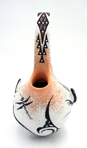 Zuni Deldrick and Lorenda Cellicion Three Dimensional Lizard Wedding Vase