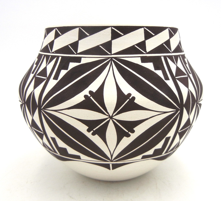 Acoma handmade and hand painted black and white geometric design jar by Randy Antonio