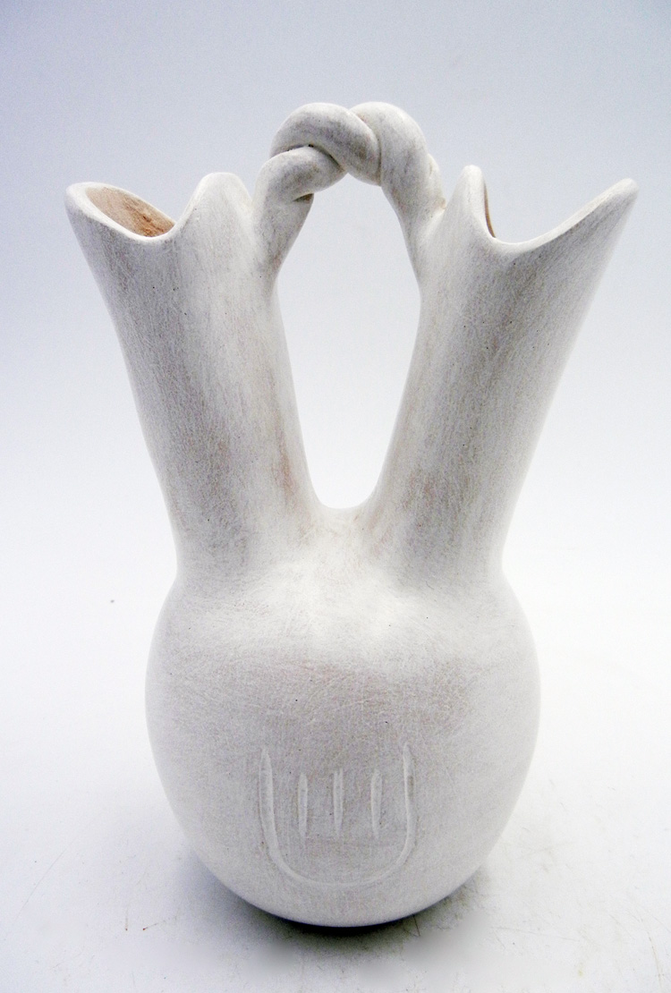 Laguna contemporary white wedding vase with twisted handle by Andrew Padilla