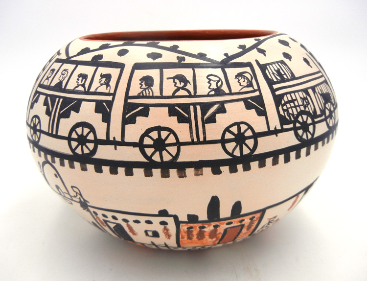 Santo Domingo train bowl by Robert Tenorio