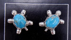 Navajo small turquoise and sterling silver turtle earrings