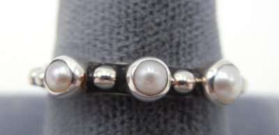 Navajo pearl and sterling silver Million Dollar Drop Collection ring