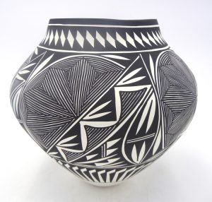Acoma black and white handmade and hand painted multi-design jar by Kathy Victorino