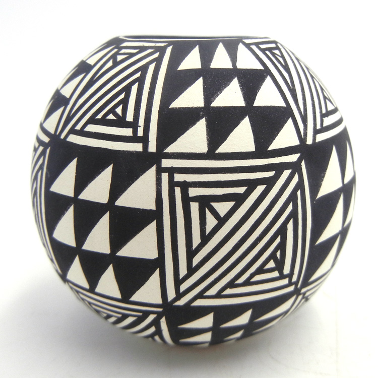 Acoma small black and white handmade and hand painted weather pattern seed pot by Loretta Garcia