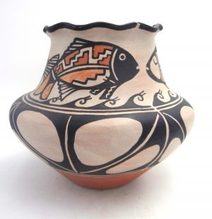 Santo Domingo KEWA Fish Vase by Robert Tenorio