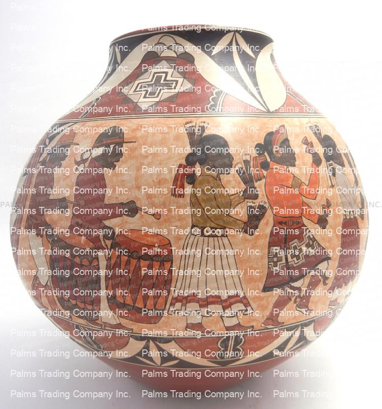 Santa Clara pictorial large jar by Lois Gutierrez
