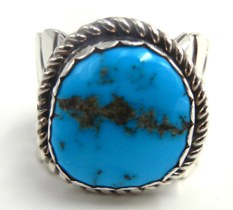Which Turquoise Ring to Wear Based on Your Hand's Morphology?