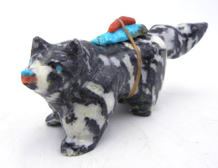 Zuni carved stone White Buffalo wolf fetish by Freddie Leekya