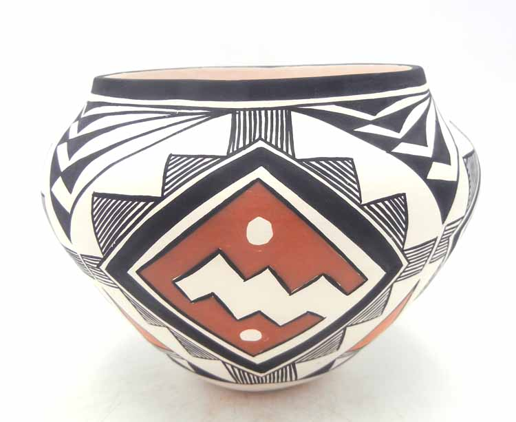Acoma handmade and hand painted polychrome weather design jar by Beverly Garcia