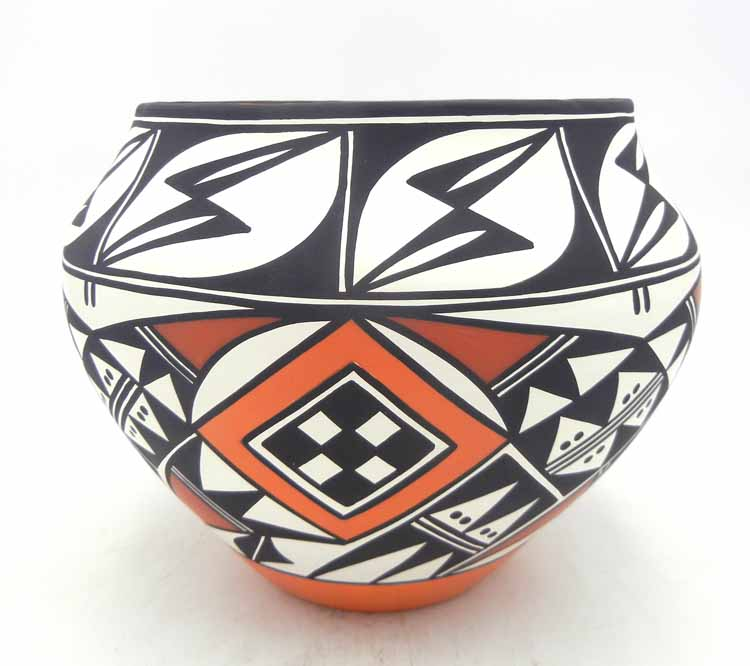 Acoma large polychrome handmade and hand painted jar by Loretta Joe