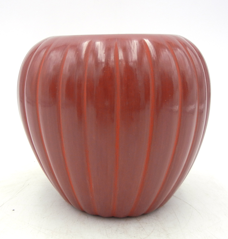 Santa Clara red polished melon jar by Alvin Baca