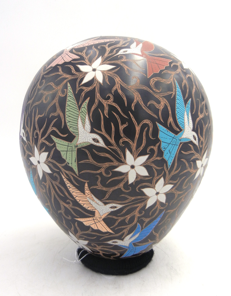 Mata Ortiz etched multi-colored hummingbird and flower jar by Elicena Cota