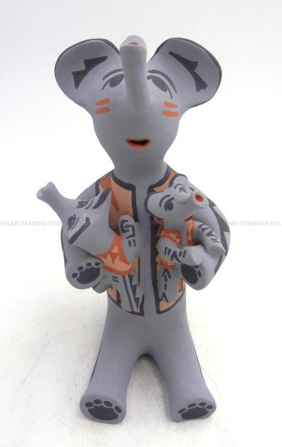 Jemez handmade elpehant storyteller figurine with two babies by Bonnie Fragua