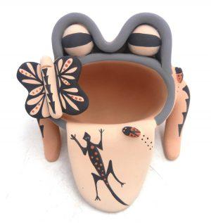 Jemez handmade and hand painted frog figurine by Chrislyn Fragua
