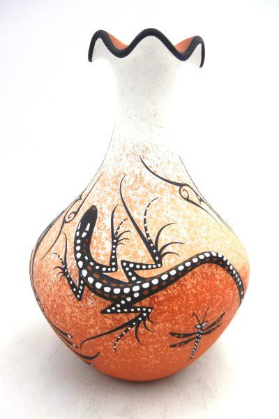 Zuni three dimensional lizard vase with scalloped rim and narrow neck by Deldrick Cellicion