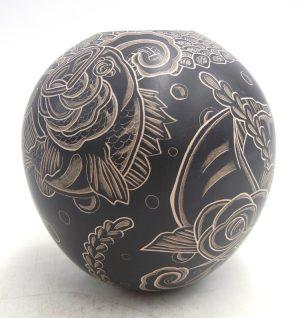 Mata Ortiz small black etched and polished koi fish jar