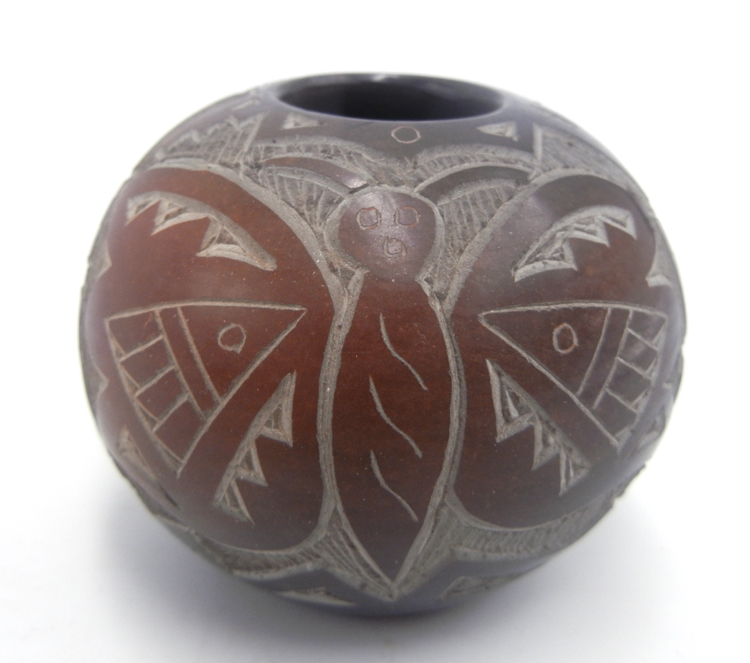 Santa Clara small etched and polished bowl with butterflies and hummingbird by Candelaria Suazo
