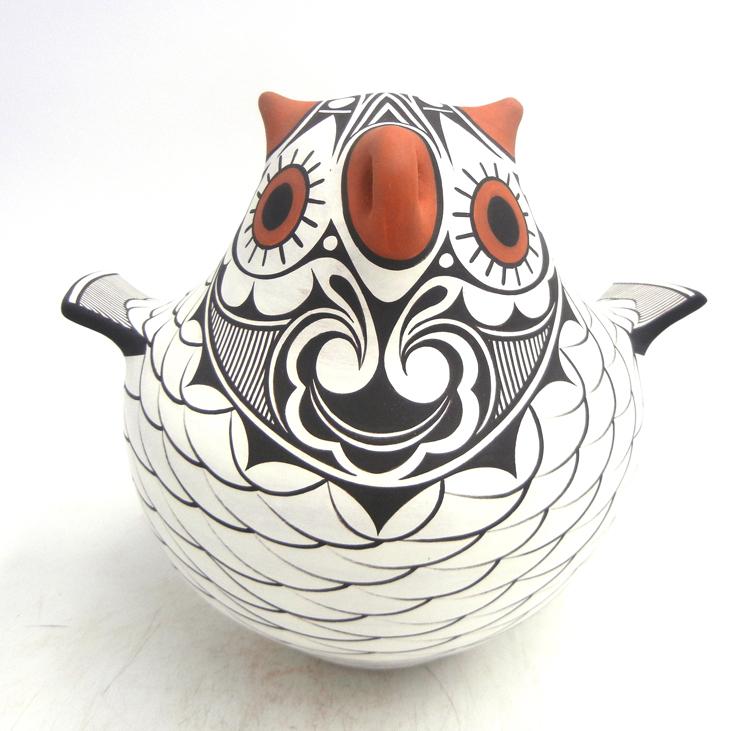 Zuni handmade and hand painted owl figurine by Avelia and Anderson Peynetsa